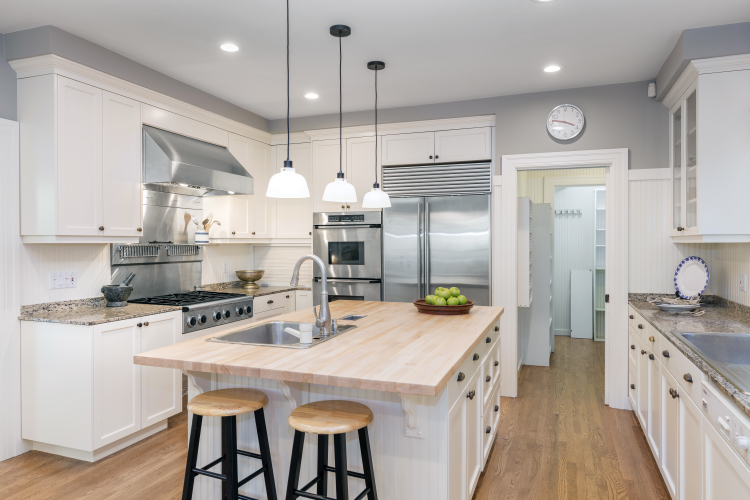 Choose the right color for your bathroom or kitchen remodel